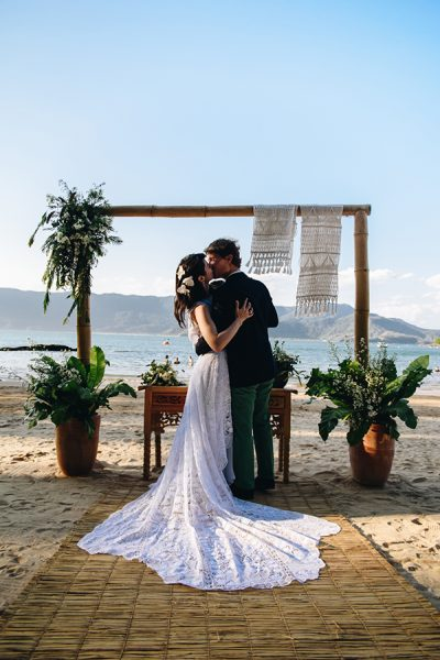 Casamento na Casa de Canoa: Talitta + Alfred