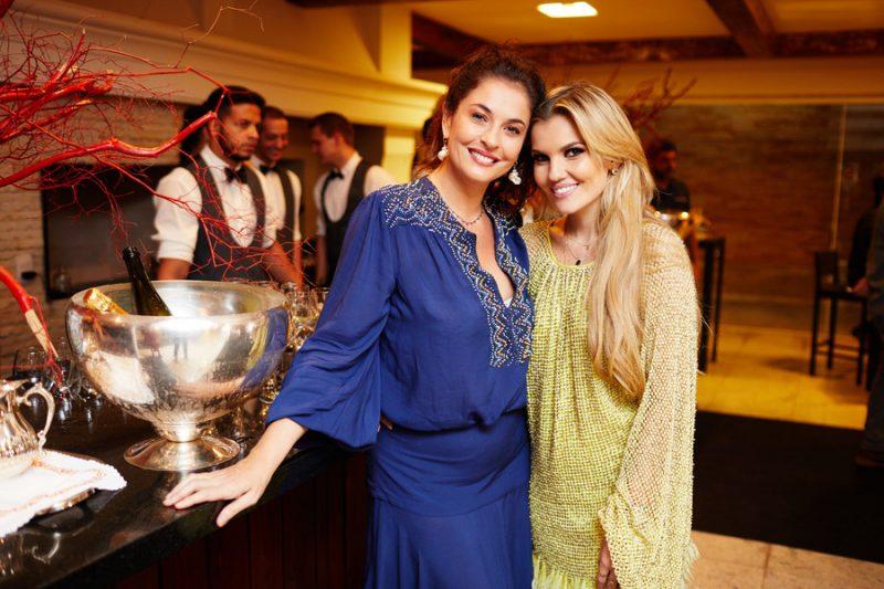 Valéria Leão recebe fashionistas em encontro animado