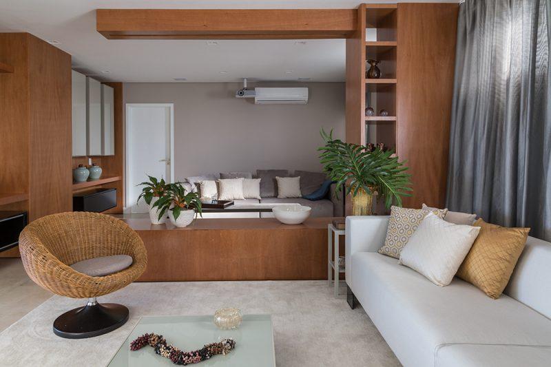 27 salas e quartos em tons neutros