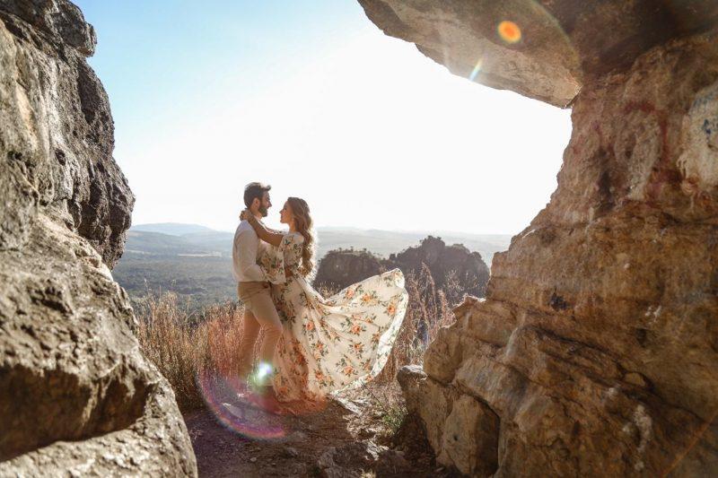 Ensaio pré-casamento:  Luz artificial, natural, ao ar livre ou estúdio?