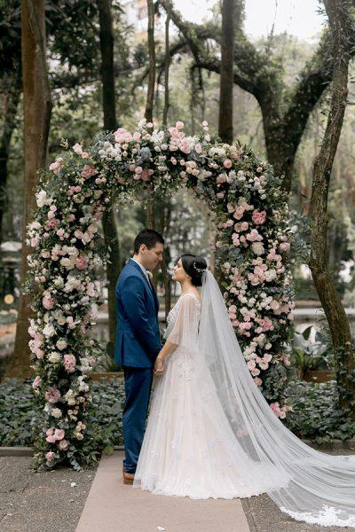 Casamento romântico: Camila + Facundo