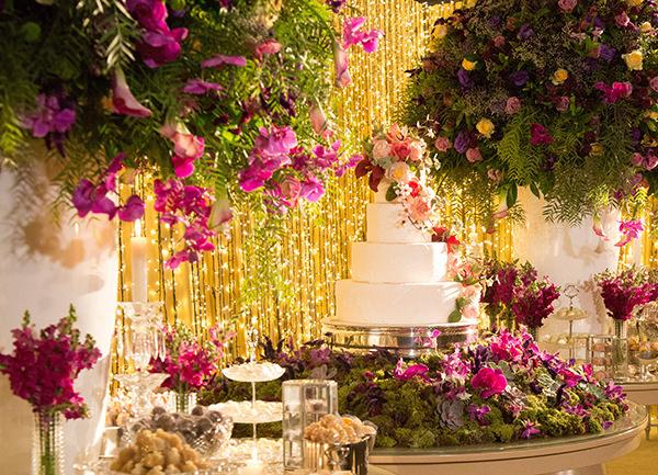 Decoração em pink, dourado e verde