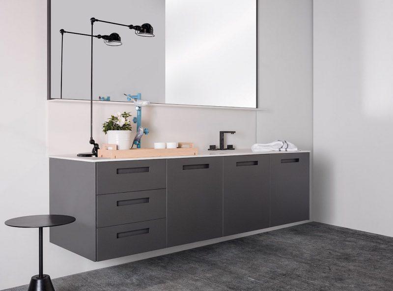 Banheiros com cores, texturas e tendências para todos os gostos