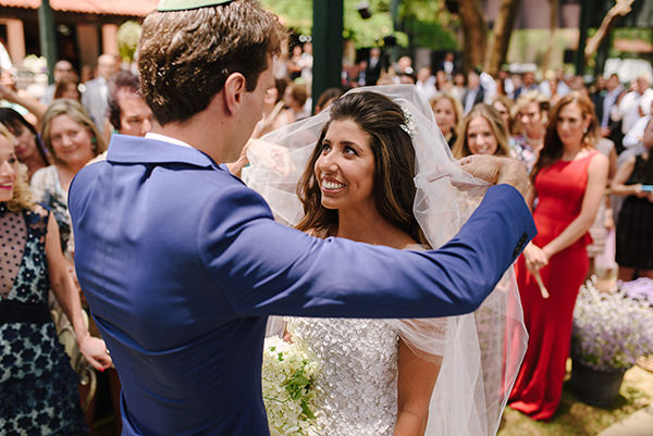 Casamento diurno com lavanda: Ilana + André