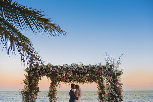 Destination wedding em trancoso: Mônica + João Guilherme